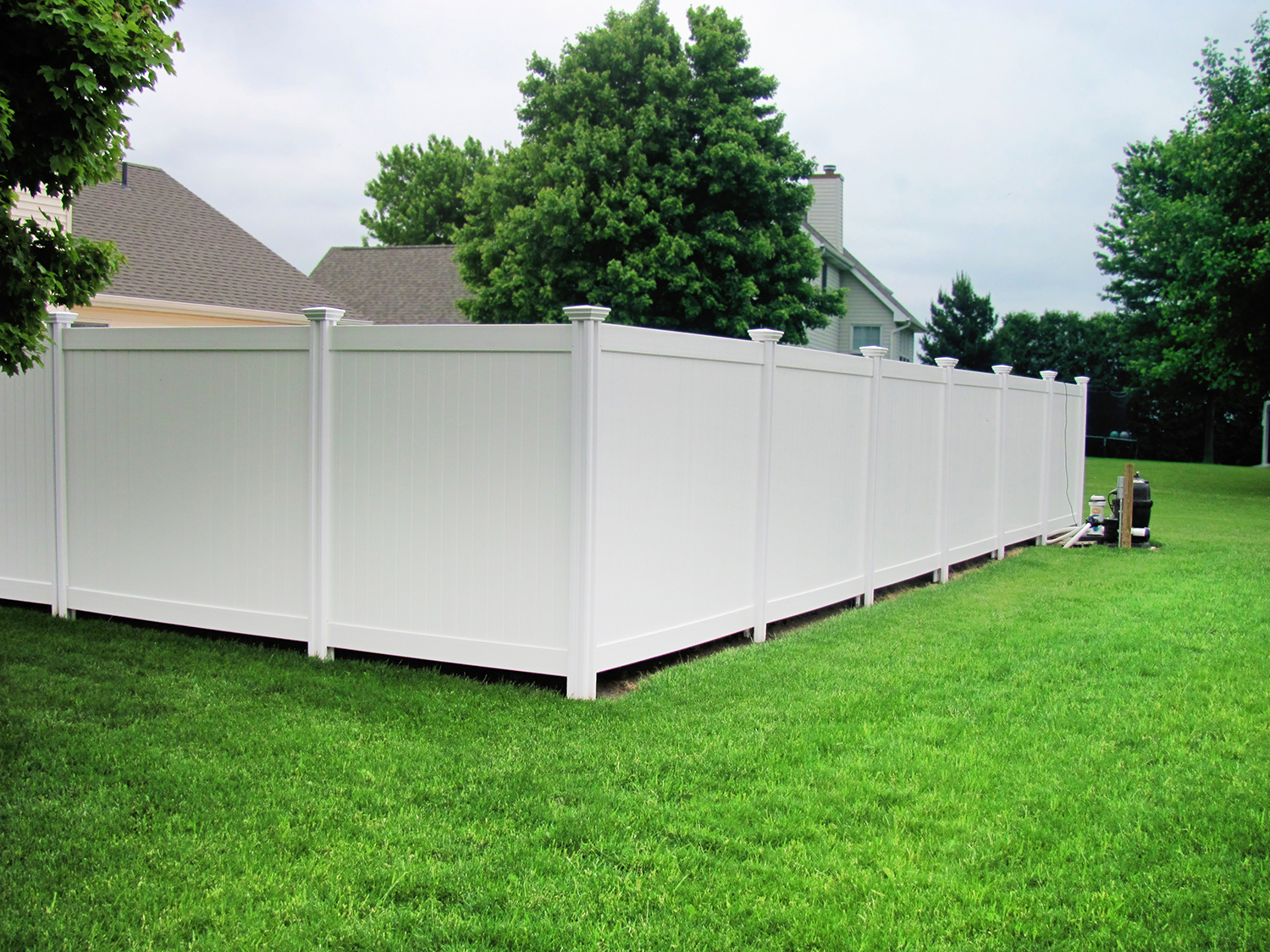 This vinyl privacy fence has been equalized